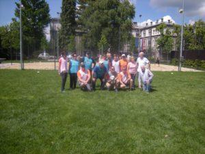 Ena od ekip ki so igrale hodeči nogomet