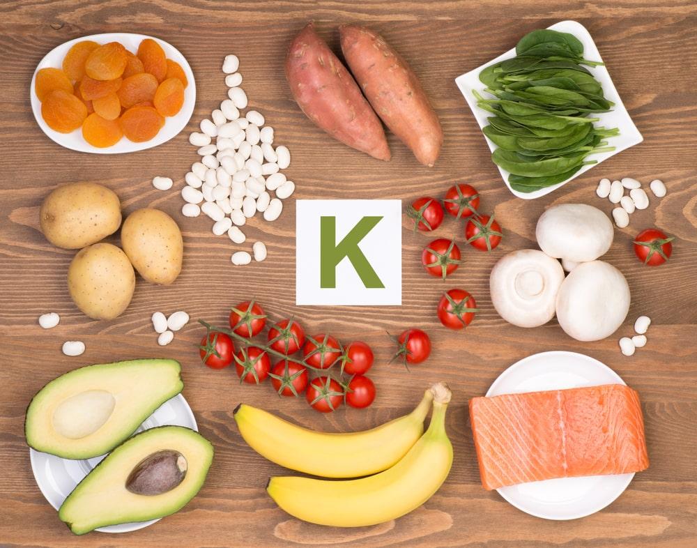Uživanje hrane, bogate z vitaminom K2, zmanjšuje tveganje za srčno-žilne zaplete